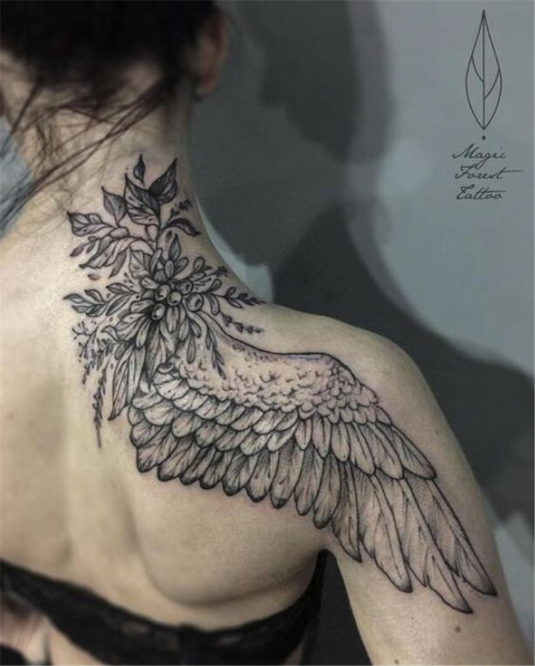 Stunning And Fantastic Angel Wings Designs You Must Try; Angel Wing Tattoo; Wings Tattoo; Stunning Wings Tattoo; Angel Tattoo; Tattoo; Chic Tattoo; Sexy Tattoo; Small Tattoo; Tiny Tattoo; Back Tattoo; #angelwingtattoo #wingstattoo #tattoo #angeltattoo