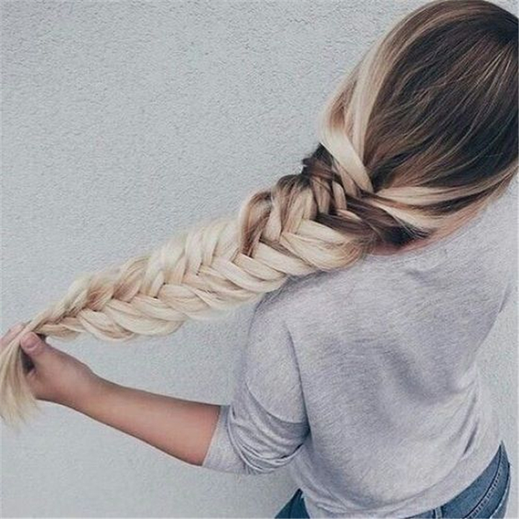 Easy And Pretty Winter Hairstyles With Braids For Any Occasions; Winter Hairstyle; Winter Braids; Winter Hair; Hairstyles; Hair Braids; Casual Hairstyle; School Hairstyles; #Winter Hair #Hairstyles #Hair Braids #Casual Hairstyle #School Hairstyles
