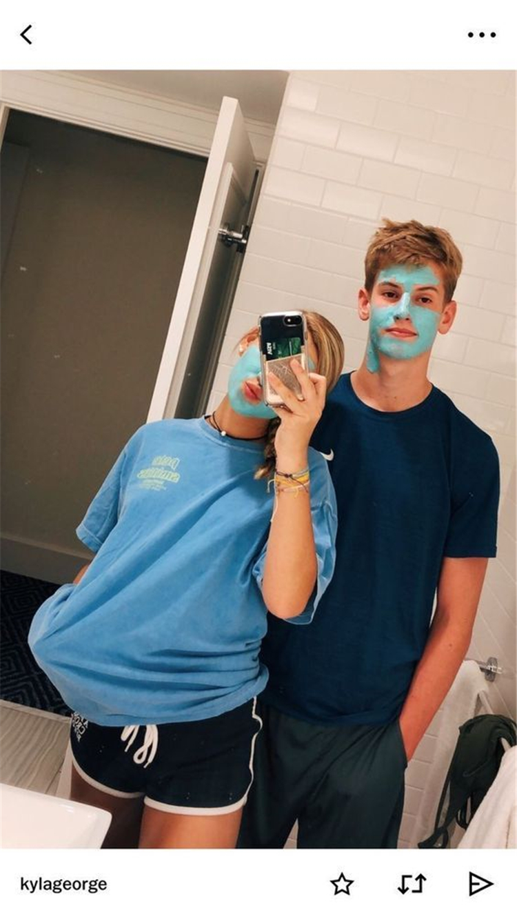Goofy Face Mask Couple Goals You Dream To Have; Relationship; Lovely Couple; Relationship Goal; Romantic Relationship Goal; Love Goal; Dream Couple; Couple Goal; Couple Messages; Sweet Messages; Boyfriend Goal; Girlfriend Goal; Boyfriend; Girlfriend; Teenageer Couples; Teenager Couple Goals; Couple In Hoodies; Hoodie; Hoodie Couple; Face Mask Couple; Face Mask Couple Goals;