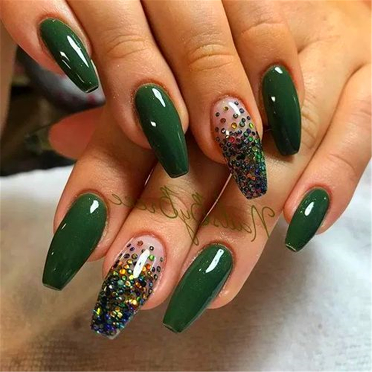 50 Elegant Emerald Christmas Green Nail Designs You Shoud Do For The Coming Valentine S Day Page 28 Of 50 Cute Hostess For Modern Women