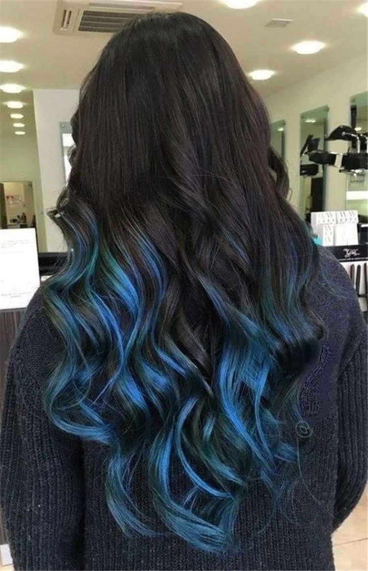 Bold And Pretty Blue Ombre Hair Color And Hairstyles You Must Try; Ombre Hair; Ombre Hair Color; Blue Ombre Hair; Hairstyle; Ombre Hairstyles; Blue Ombre Hairstyles; #ombrehair #ombrehairstyle #blueombre #blueombrehaircolor #bluehaircolor #ombre #blueombrehaircolor #haircolor