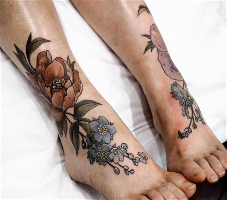 Stunning Foot Tattoo Designs To Conquer Your Heart; Tattoos On Foot ; Simple Tattoo; Flower Tattoos; Beautiful Tattoos; Sex foot Tattoos, Body Painting; Tattoo designs;