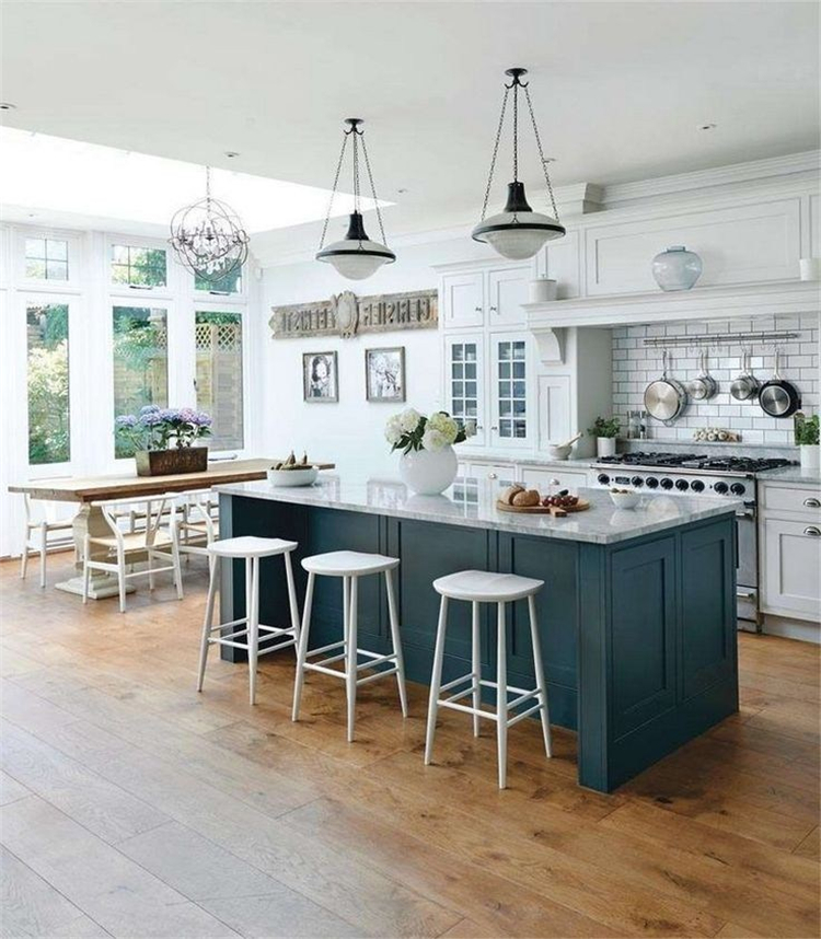 Gorgeous And Modern Farmhouse Kitchen Decoration Ideas You Would Love; Kitchen Decoration; Kitchen Decoration Ideas; Modern Farmhouse Kitchen; Kitchen Ideas; Kitchen Decor; Farmhouse Decor; #kitchen #kitchendecor #kitchendecoration #Farmhousekitchen #Farmhousedecoration