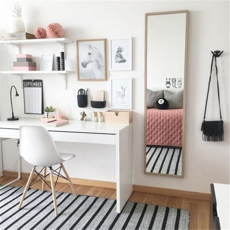Chic And Comfy Study Room Decoration Ideas You Would Love To Have; Study Room Decoration; Study Room; Study Room Design; Study Room Decor; Chic Study Room; Comfy Study Room; #studyroom #studyroomdecoration #studyroomdesign #homedecor #homedesign