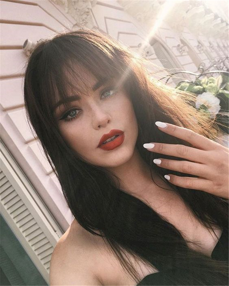 Gorgeous And Cute Wispy Bangs Styles You Should Try; Wispy Bangs; Bangs Hairstyles; Hairstyles; Bangs; Wispy Bangs Styles; Cute Bangs Styles; Cute Bangs And Buns Styles; Gorgeous Hairstyles; Fringe Styles;