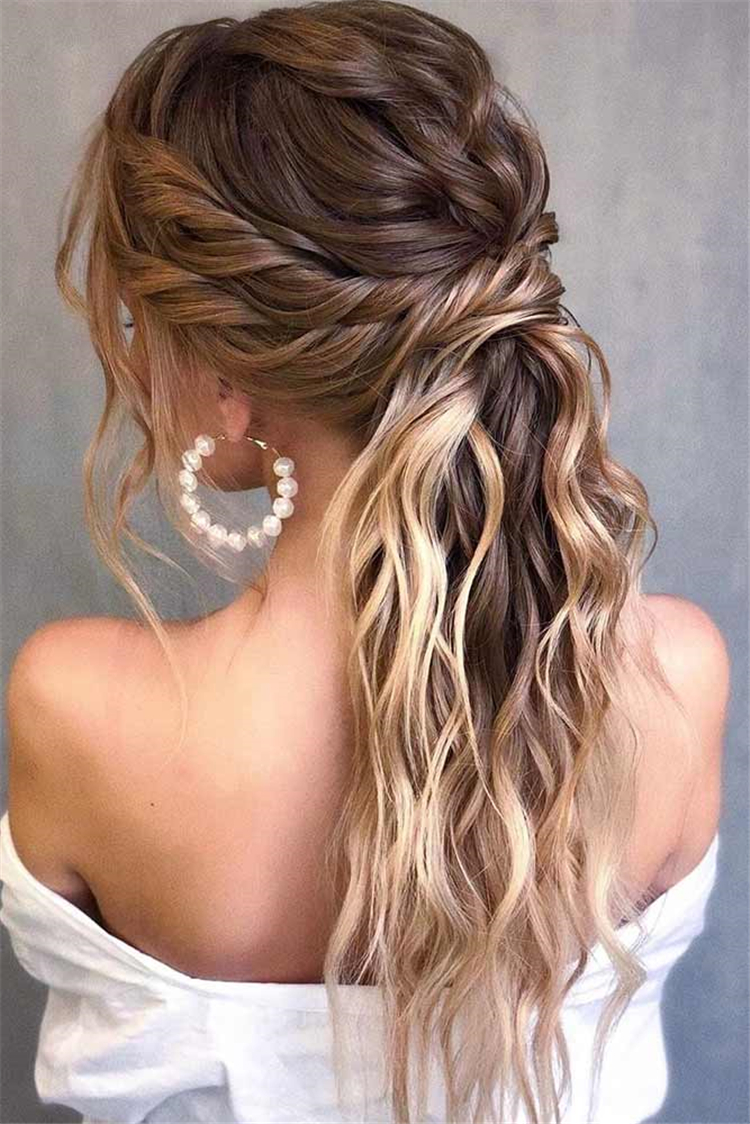 Easy Hairstyle For Your Spring Break; twisted ponytail; ponytail hairstyles; trendy hairstyles ; Side Braided Hairstyles; easy ponytail hairstyles; Half-Updo Hairstylesl; Spring Break Hairstyles;