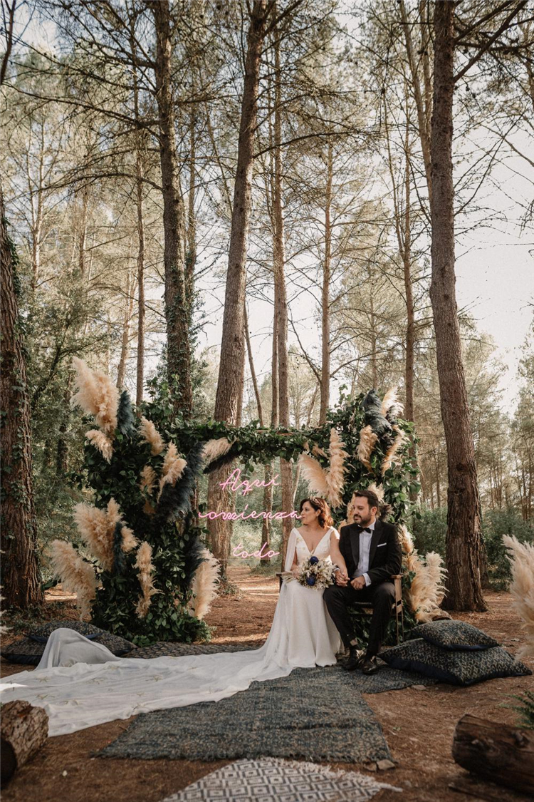 Beautifully Styled Outdoor Wedding Ceremonies; Outdoor Wedding; Styled Outdoor Wedding; Outdoor Wedding Ceremonies;#wedding #outdoorwedding #weddingceremony