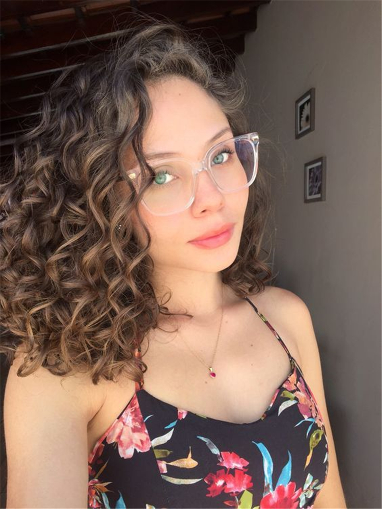 layered curly hairstyles; short curly hairstyles; curly bob cuts; short hairstyle; Chic Short Hairstyle; Short Hairstyle; Curly Hairstyle