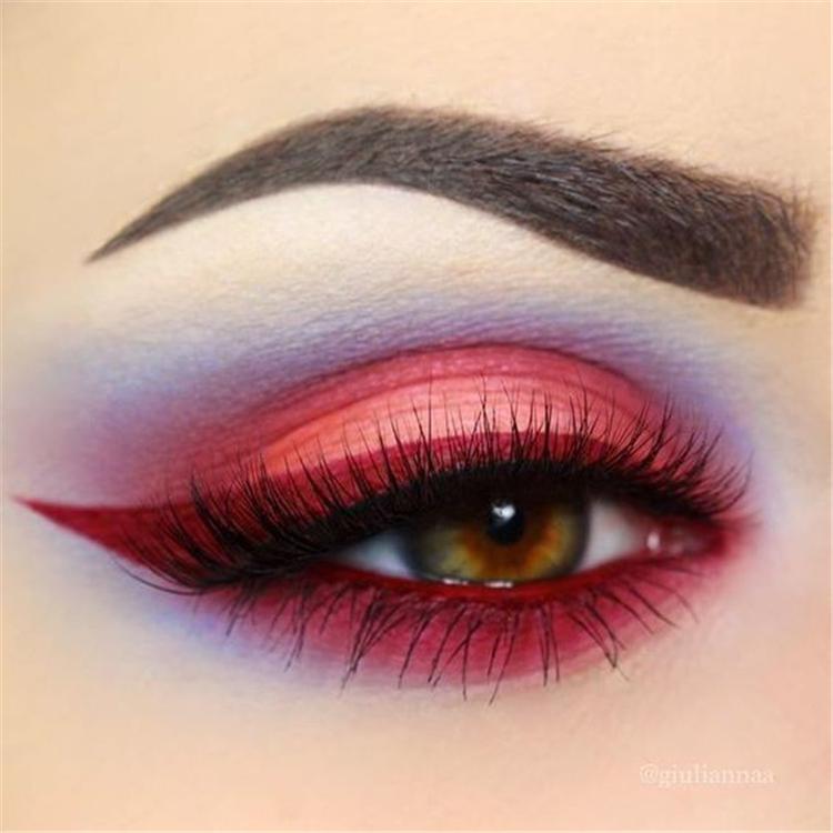 Great Colored Eyeliner Makeups For Spring; Spring Eyeliner; Colored Eyeliner; Colored Eyeliner Makeups; Spring Makeups; Spring Eyes; Spring Eyeliner Makeups; Charming Eyeliner;