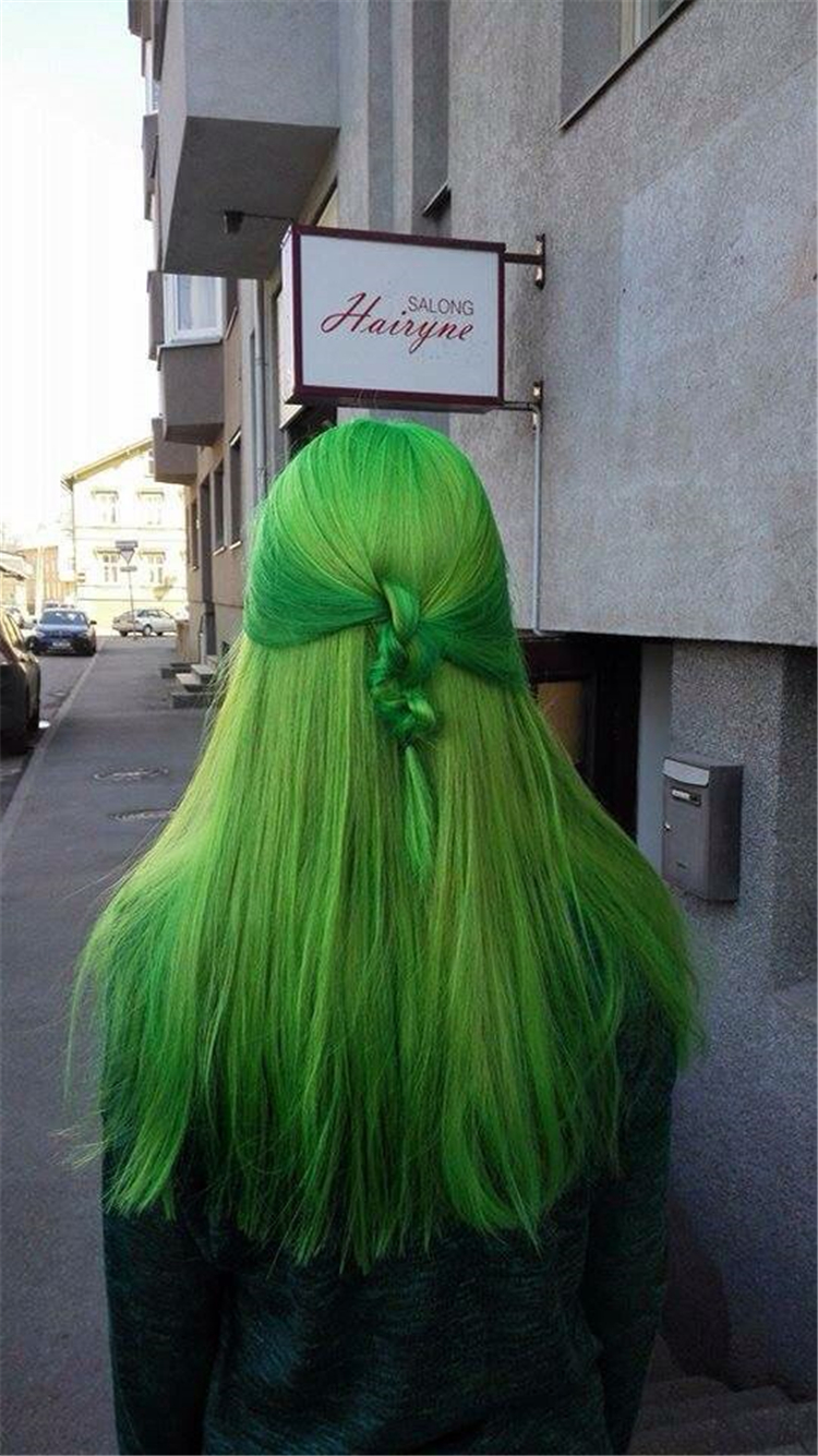 Gorgeous Green Hair Color Ideas You Will Love To Try This Summer; Green Hair; Green Hair Color; Hair Color Ideas; Neon Green; Neon Green Hair Color; Dark Green; Ombre Green Hair Color; Light Green Hair; Bottle Green Hair; Bottle Green Color;