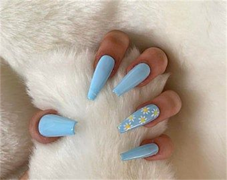 Pretty Summer Floral Nail Designs You Must Love; Summer Nails; Lovely Nails; Nails; Square Nails; Nail Design; Flower Nails; Floral Nail; Coffin Floral Nail; Stiletto Floral Nail; Square Floral Nail;#nails#summernail#flowernails#squarefloralnail#naildesign #coffinnail #stilettonail #summernaildesign #floralnail