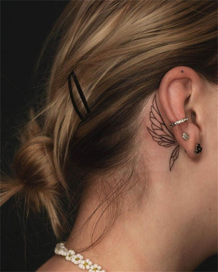 Pretty Tiny Tattoo Designs To Make You Fall In Love With; Small Tattoo; Tiny Tattoo; Tiny Flower Tattoo; Tiny Finger Tattoo; Tiny Ankle Tattoo; Tiny Ear Back Tattoo; #tinytattoo #flowertattoo #floraltattoo #tinyflowertattoo #tinyfingertattoo #tinywirsttattoo #tinyankletattoo #tinyearbacktattoo #tattoo
