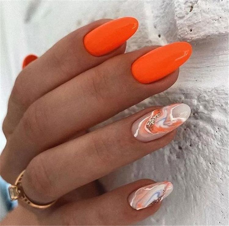 Autumn,nail,Autumn nails,Dark green nails,Dead leaf nails,Caramel nails,Pumpkin nails,attractive