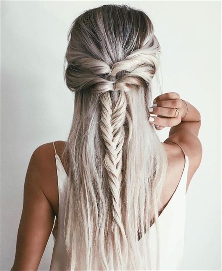 Hairstyles, Braided Hair ,Girls Braided,Long Hair Waterfall,Side-comb braided hairstyle,Centrally divided pure side braided twist,braided twist